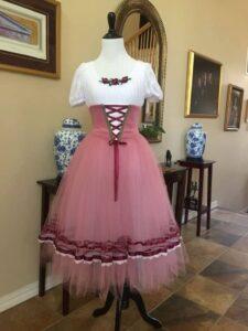Γυναικείο κουστούμι 1039
